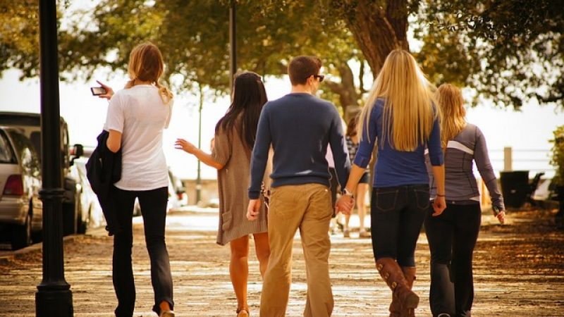 Waarom Gaan Mannen Vreemd? 19 Redenen Voor Overspel